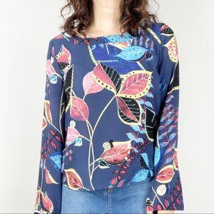 Finn & Grace blue floral bell-sleeve blouse